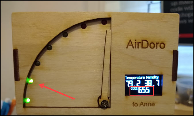 AirDoro showing my current CO2 levels.